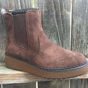 Timberland Chelsea boots 7.5 Bluebell Lane suede